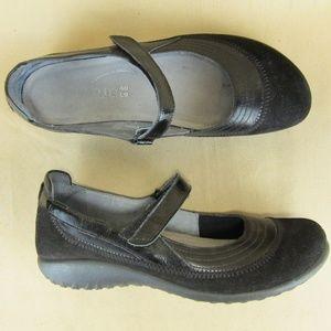 Naot Mary Jane Adjustable Comfort Walking US 9